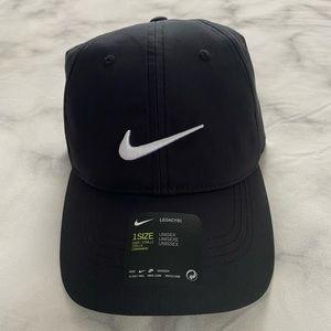 Nike Hat Unisex- New